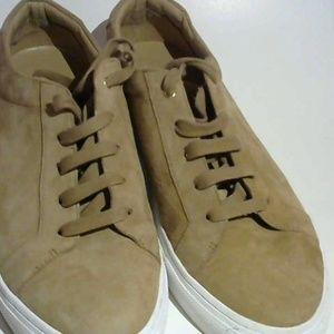 Men's Banana Republic Suede Shoes. Size 9